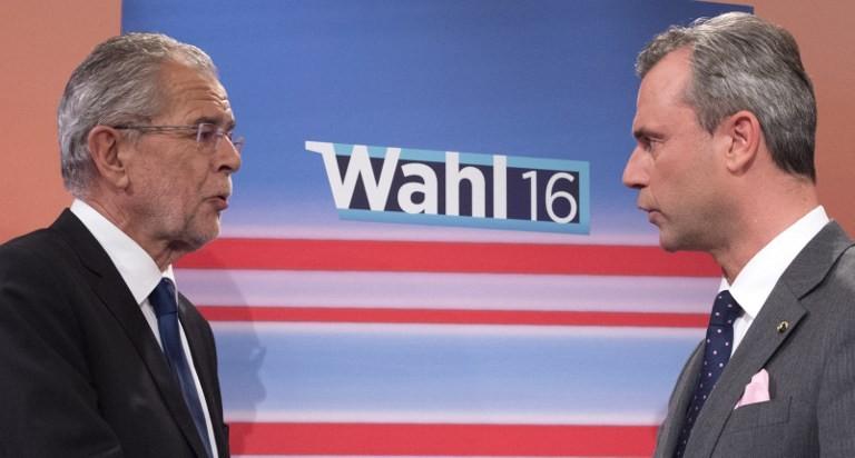 Foto: Norbert Hofer, a destra, e Alexander Van der Bellen, i due cadidati alle elezioni presidenziali in Austria – Credits: Ansa/EPA/FLORIAN WIESER
